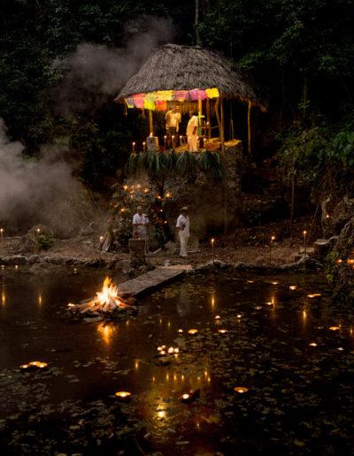 La Ceremonia Maya